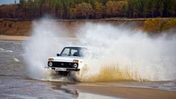 Lada 4x4 обогнала по продажам Renault Duster