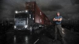 14 грузовиков Scania превратились в самые большие часы в мире
