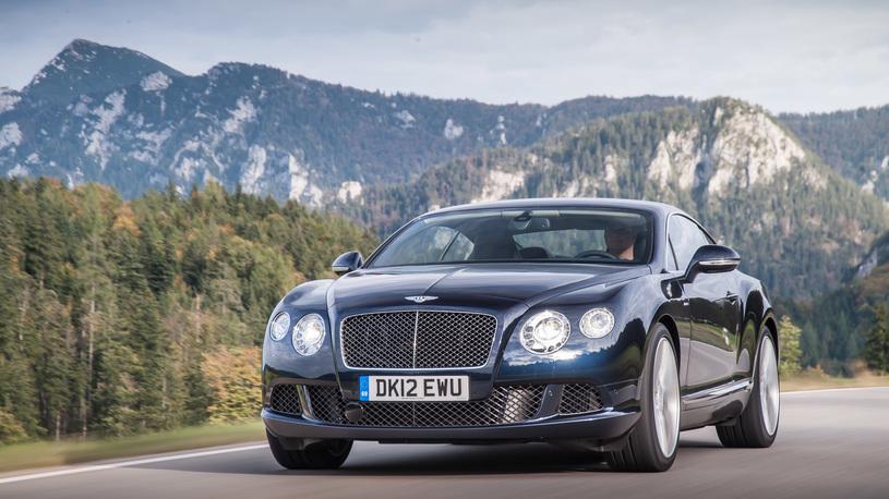 Гоняем быстрейший Bentley по серпантинам и автобанам