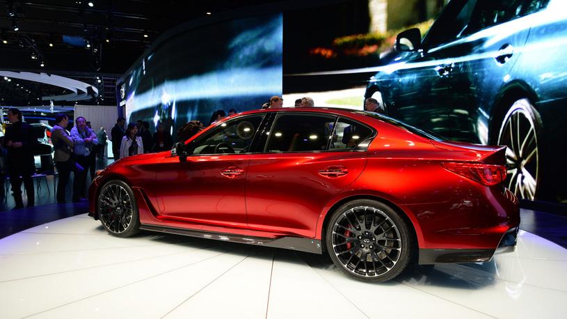 Infiniti готовит спорткар и роскошное купе