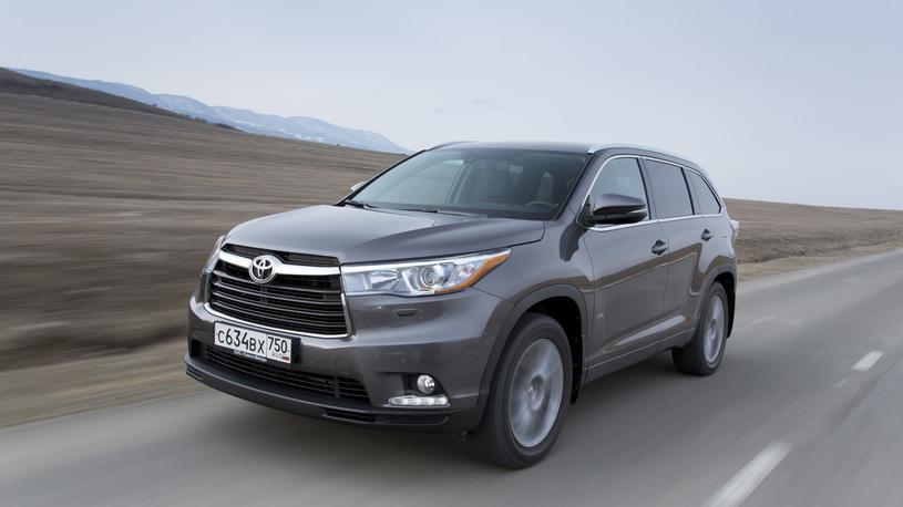 Добрый горец: тест-драйв нового Toyota Highlander