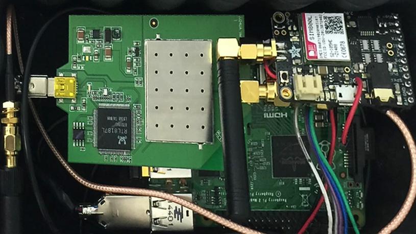 Хакер создал дешевую - открывалку - для взлома машин GM через смартфон