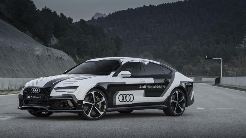 Audi прокатит избранных покупателей на своем беспилотнике