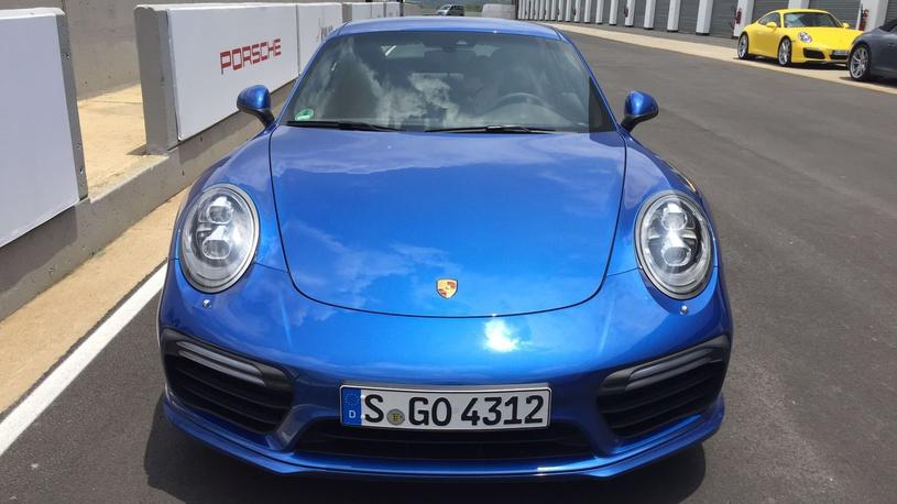 Посчитали-прослезились: меняем антикрыло на Porsche 911 Turbo S