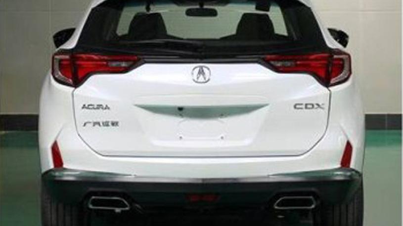 Компактный кроссовер от Acura рассекретили до премьеры