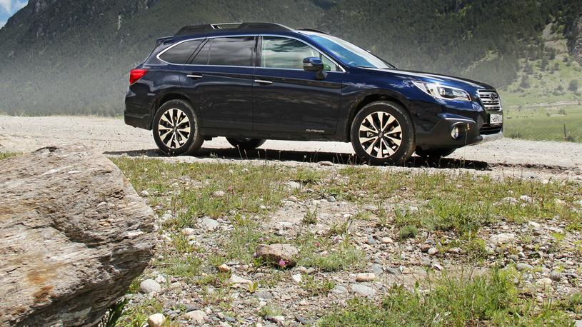 Тест-драйв Subaru Outback: все, что нужно знать об универсале с большим мотором