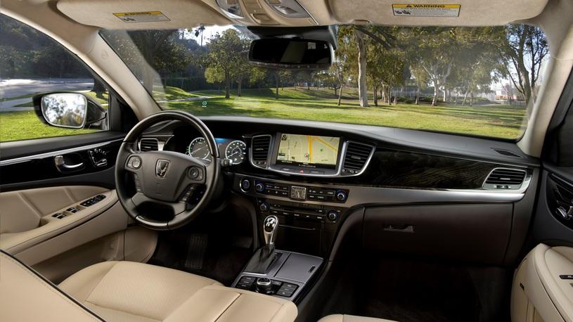 Посчитали-прослезились: новая обшивка дверей Hyundai Equus