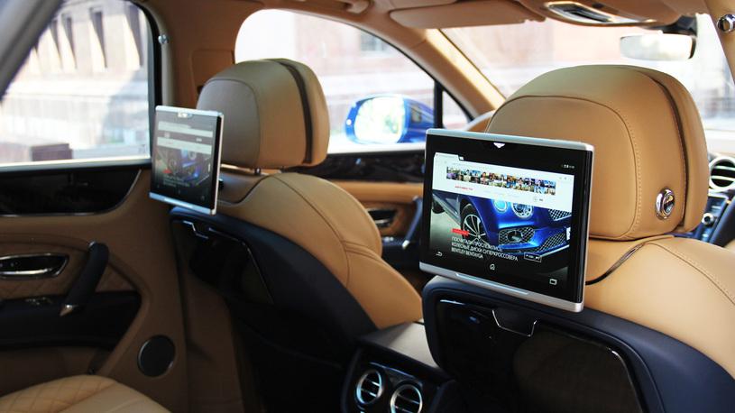 Посчитали-прослезились: оригинальные планшеты Bentley Bentayga