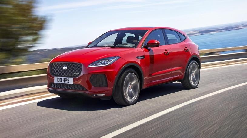 У Jaguar появился маленький кроссовер: известны российские цены