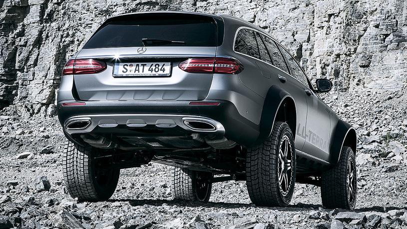 Mercedes E-Class All-Terrain 4X4²: оптимальный универсал для наших дорог