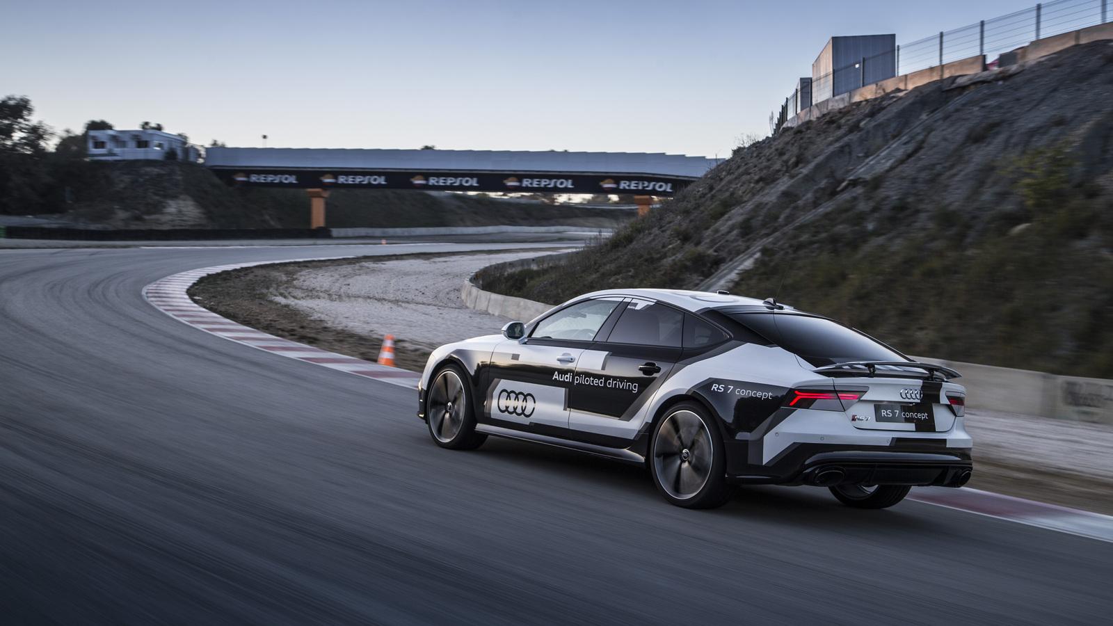 Валли валит: АвтоВести против робота-гонщика