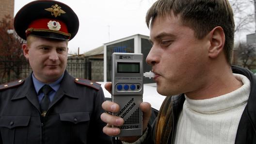 """В России предложили ввести """"тест на идиота"""" для водителей"""