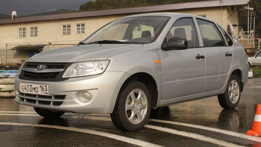 Топ-5 самых реализуемых авто в Российской Федерации