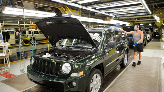 Машины американского производства вИране попали под запрет