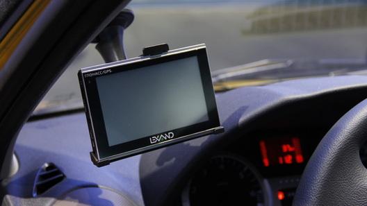 """За водителями установят тотальную слежку с помощью """"черных ящиков"""""""