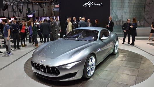 Мазерати начнет серийное производство электромобиля в 2020-ом