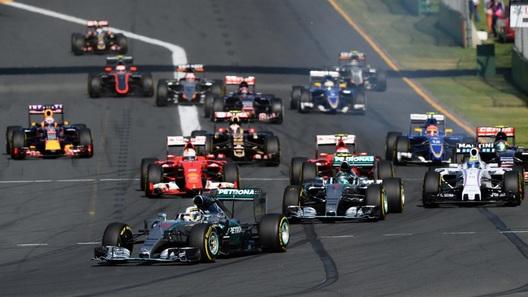 Гран При Австралии: уверенную победу в Мельбурне одержал Льюис Хэмилтон