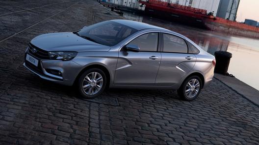 """Lada Vesta станет мощнее и получит отечественную """"механику"""""""