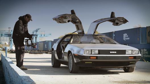 """Автомобиль из """"Назад в будущее"""" вернут на конвейер"""