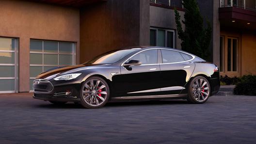 Электрокары Tesla получат Autopilot 2.1 сбольшей вычислительной мощностью