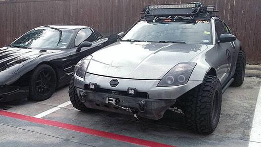 Спорткар от Nissan отправили на войну с бездорожьем