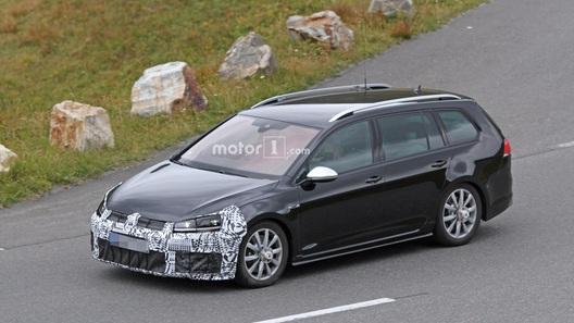 Натестах папарацци увидели прототип VW Golf