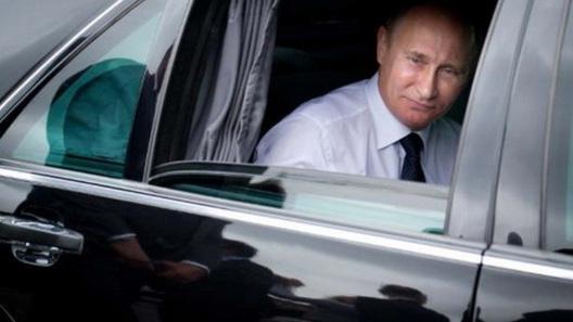 На реализацию выставлен «шестисотый» Мерседес-Бенс В. Путина