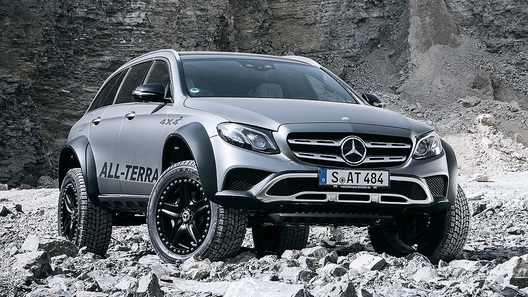 «Безумный» Mercedes-Benz E-Class All-Terrain 4x4² пойдет в серию