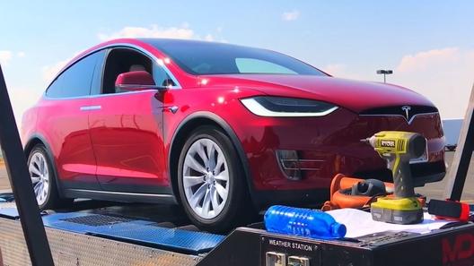 Tesla Model X90D оказался мощнее, чем обещали вкомпании