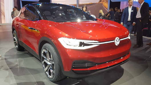 Новый электрокроссовер от VW может открывать двери поголосовой команде