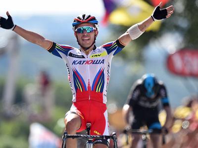 Тур де Франс. Родригес побеждает на легендарном подъеме Мур де Юи