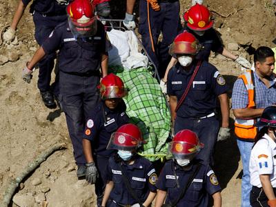 Оползень в Гватемале: число жертв превысило 260 человек
