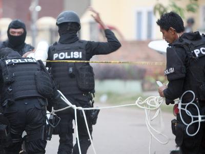 Серия взрывов в Джакарте: число погибших увеличилось до пяти