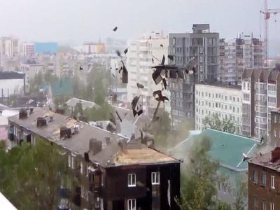 Ураган оставил без света почти 900 новосибирских домов