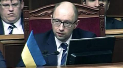 Заявления Яценюка о товарной блокаде Крыма оказались пустословием