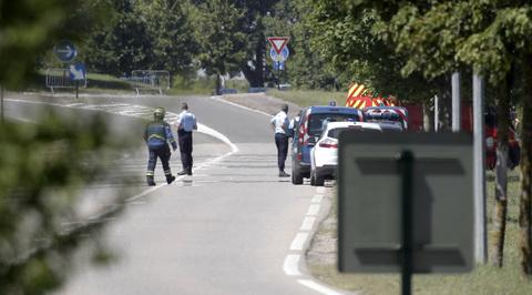 Франсуа Олланд назвал взрыв на заводе терактом