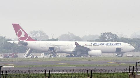 Минус Турция: самолеты в туристическую Анталью из России летят пустыми