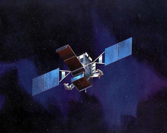 По мнению специалистов DARPA, спутники на геостационарной орбите эффективно могут отремонтировать только роботы (иллюстрация Lockheed Martin).