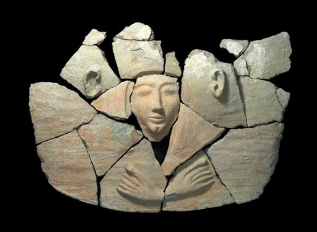 В кургане Тель-Шадуд (Израиль) обнаружено нетипичное для этой местности захоронение (фото Israel's Antiquities Authority).