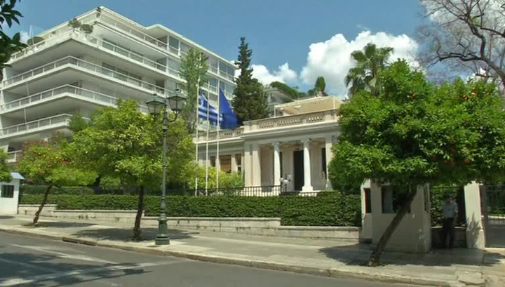 Греция выбирает новый парламент: кто вытащит страну из долговой ямы