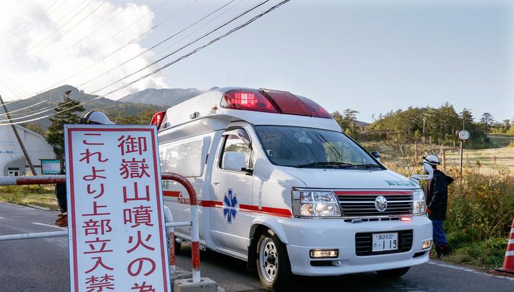 В храмовом комплексе в Токио прогремел взрыв