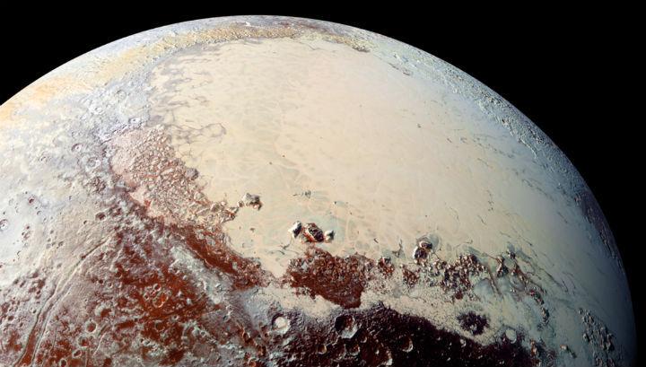 Геология Плутона не похожа на другие планеты