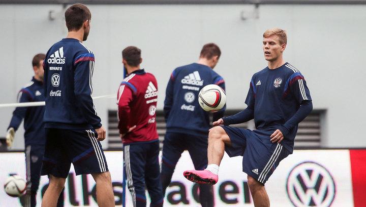 Сборная РФ по футболу приняла решение базироваться в районе Парижа