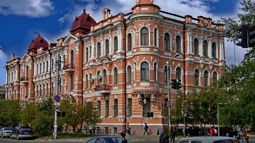 Автор: Георгий  Елистратов