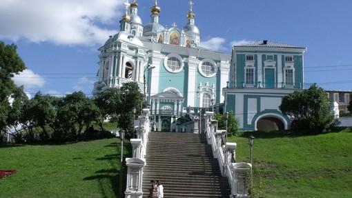 Автор: Валерий Сурков