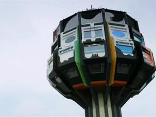 EXперименты. Необычные здания мира. Фильм 1. Одноногий дом в Берлине