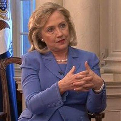 Хилари Клинтон призвала госдеп опубликовать переписку, которую она вела  через свою личную электронную почту