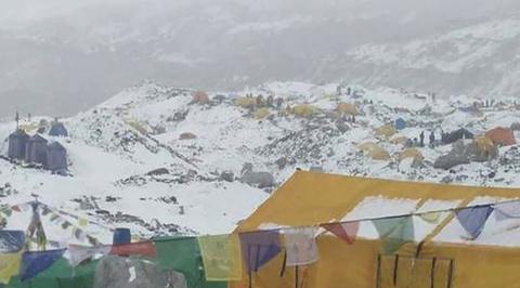 Валдис Пельш едва не погиб при землетрясении в Гималаях