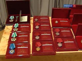 Владимир Мединский вчера вручил ордена