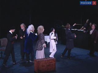 Театр Вахтангова начинает